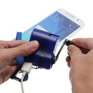 1 X Hand Crank USB Emergency C