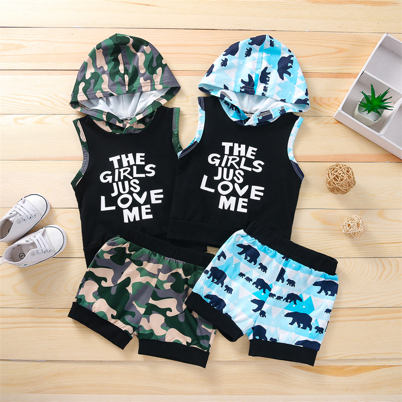 Boy's Vest and Shorts Suit Fashion Letter Hooded Sleeveless Tops and Camouflage/Animal Short Pants