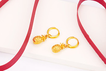 Gold-plated creative vintage pineapple earrings hot explosions girl heart birthday gift