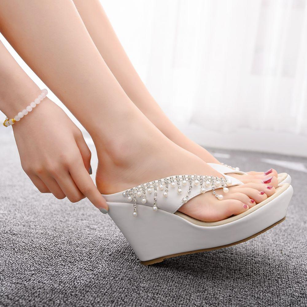 Crystal Queen Women Slippers Summer White Color Style Beaches Flip Flops Platform Sandals Open-toed Casual Shoes Big Size 34-43