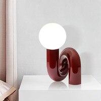 Nordic Rote LED Tisch Lampe Moderne Harz Glas Ball Tisch Lampe Schlafzimmer Mädchen kinderzimmer Dekorative Bett Tisch Licht Hause decor Lampe G9