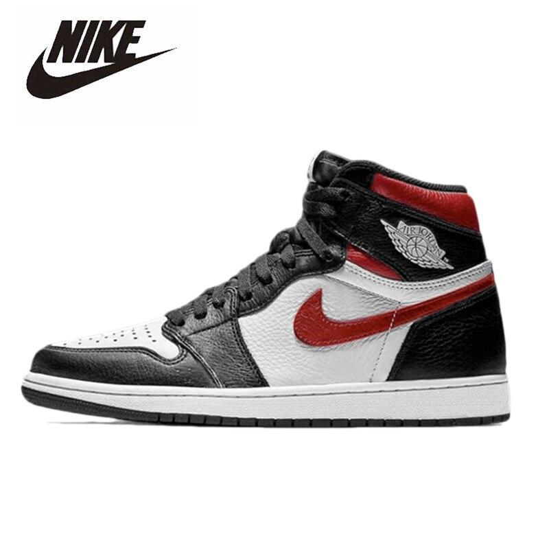 Original Nike Air Jordan 1 Retro High Black Men's Basketball Shoes Women High-top Comfortable Sports Outdoor Sneakers 555088-061