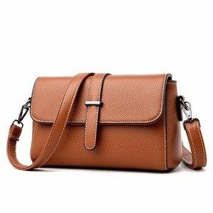Image 1 - 2019 النساء حقائب يد جلدية عالية الجودة Sac أكياس Crossbody للنساء الجلود حقيبة ساع خمر جلدية رفرف حقيبة جديد