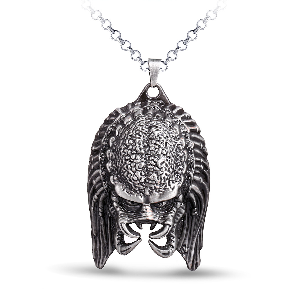 Fashion Movies Alien Necklace Horror Mask Pendant Necklace Metal Choker Necklace Halloween Gifts for Men Boys