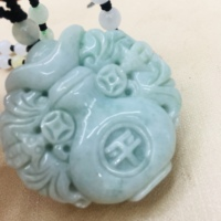 Pure natural Emerald jade pure hand carved green double sided animal beast pendant three color jade bead necklace men and women