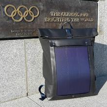 Dostosowany przenośny plecak ładowarka w olive brown 7 Watt wodoodporny kontroler ładowania panelu słonecznego wszystkie smartfony i przenośne USB tanie tanio jiang solar
