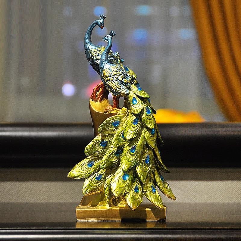 European Modern Lucky Peacock Art Sculpture Animals Figurine Resin Crafts Desktop Decorations For Home Wedding Gift R3613