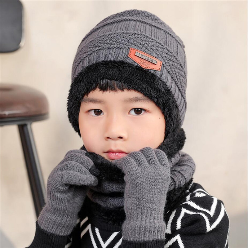 2019 Child Winter Knitted Hat And Scarf Gloves Set Boy Girls Warm Plush Hat 3 Piece Sets Kids New Outdoor Ski Cap Scarves Solid