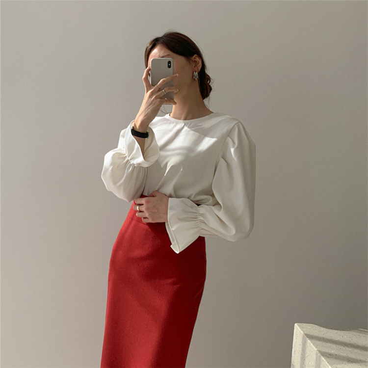 Colorfaith New 2020 Women Spring Summer Blouse Shirts Casual Vintage Elegant Pagoda Sleeve Fashionable Loose White Tops BL8805