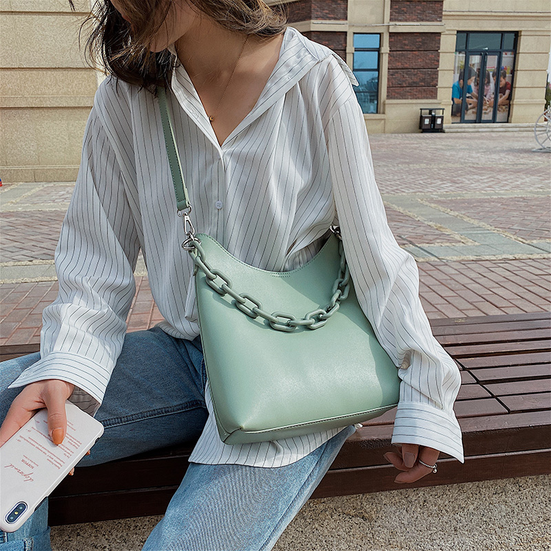 2020 New Women Messenger Bag PU Leather Fashion Lady Shoulder Bag Waterproof Solid Color Youth Large Capacity Bag Literary Style