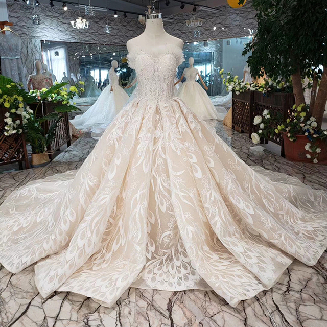BGW HT5620 Suknie Slubne Luxury Sexy Strapless Wedding Dresses Lace Champagne Appliques Ball Gown Wedding Gown With Wedding Veil