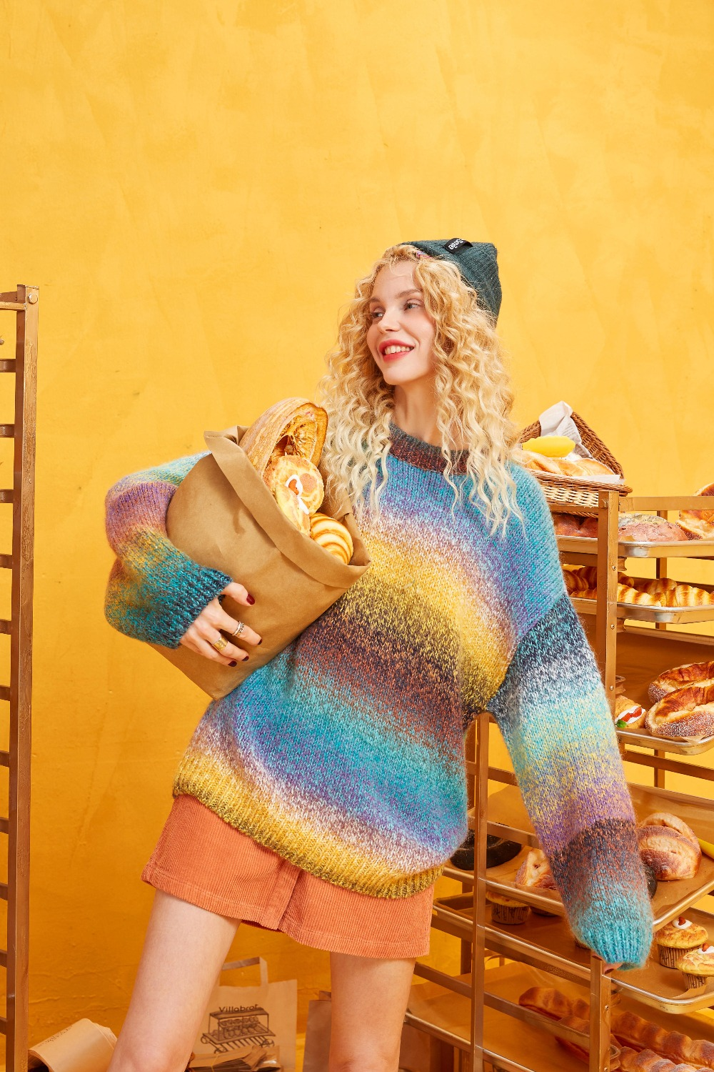 ELFSACK Rainbow Color Striped Women Sweater.19 Winter Fashion Sweet Gradient Ramp Knitted Tops Mohair Oversize Autumn Clothing 4
