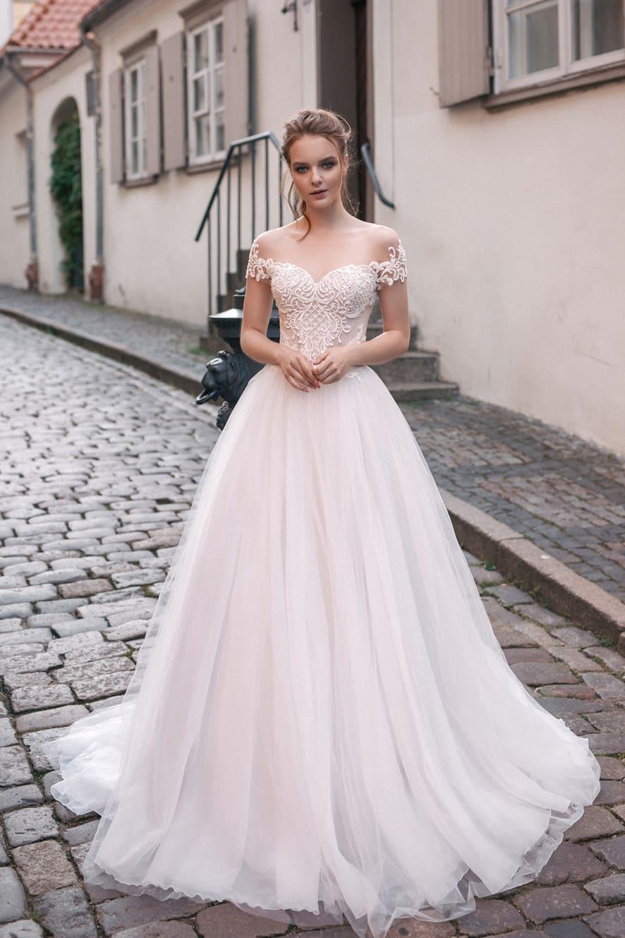 Vestidos De Novia Custom Short Sleeves Sheer Appliques Wedding Dresses Bridal Gowns Modest 2020 Spring Garden Ball Gown