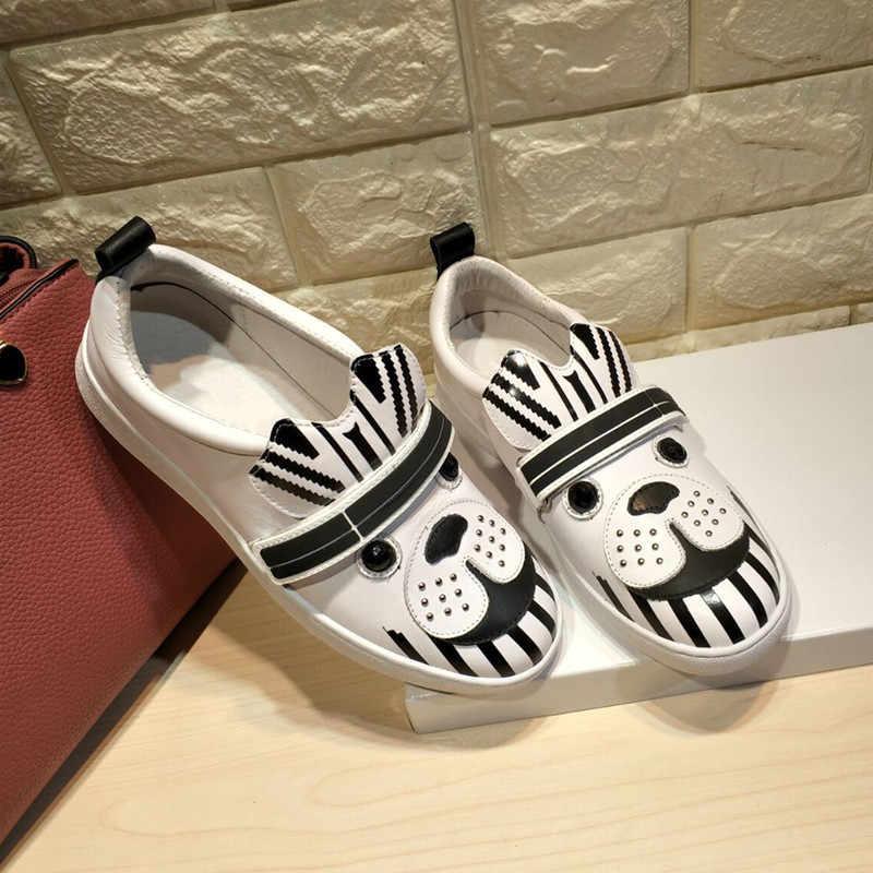 Şık düz ayakkabı kadın sonbahar loafer'lar kadın deri Schoenen Vrouw sevimli hayvan Buty Damskie bayanlar ayakkabı üzerinde kayma Zapatos De Mujer