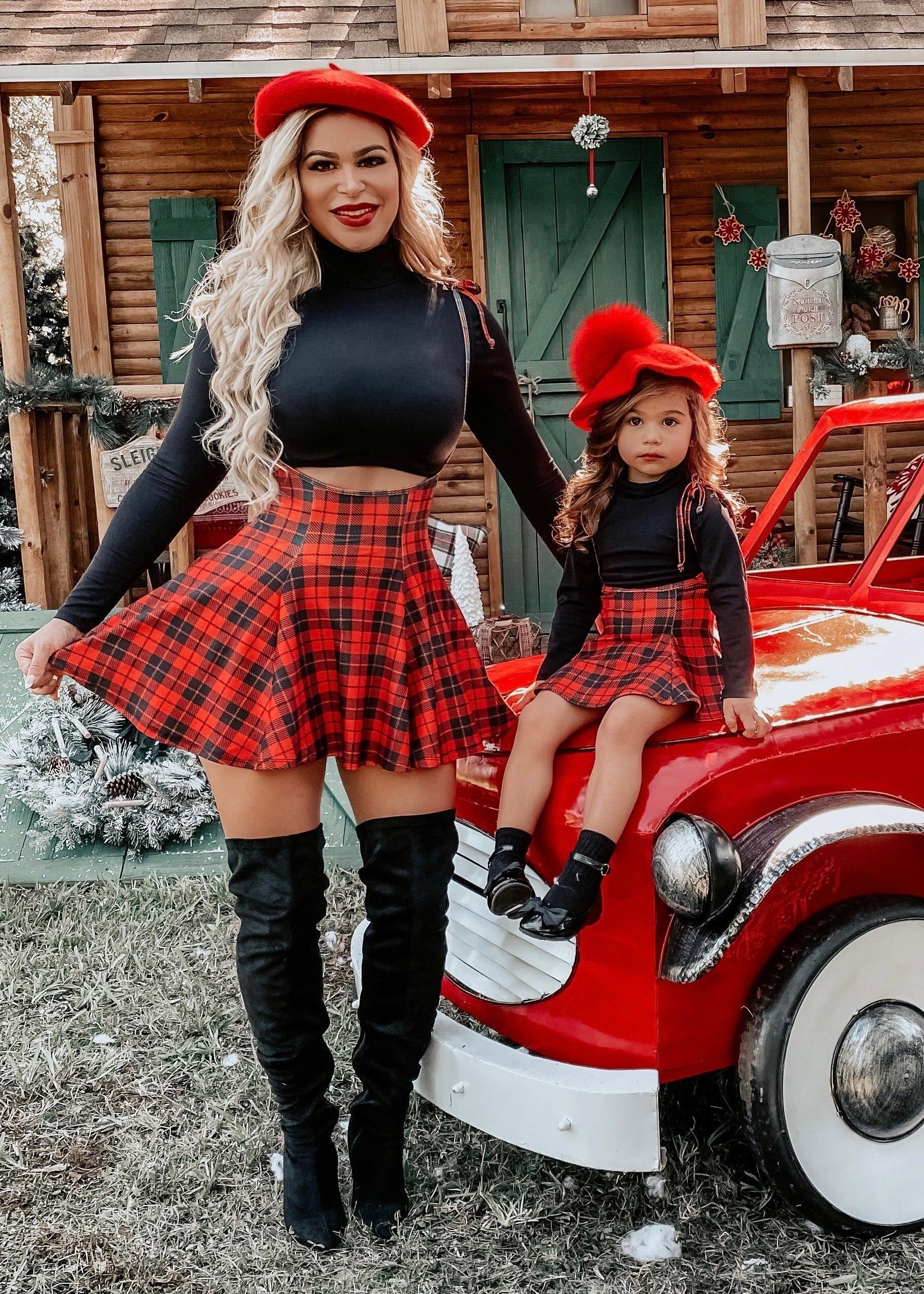 Классическая клетчатая юбка для родителей и детей, модель 2021 года, юбка на бретелях для мамы и девочки, одинаковая семейная одежда для мамы и...