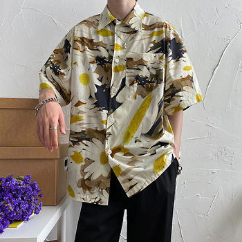 цена Summer Flower Shirt Men's Fashion Hawaiian Shirt Men Streetwear Wild Casual Shirt Loose Short Sleeve Shirt Mens M-2XL онлайн в 2017 году