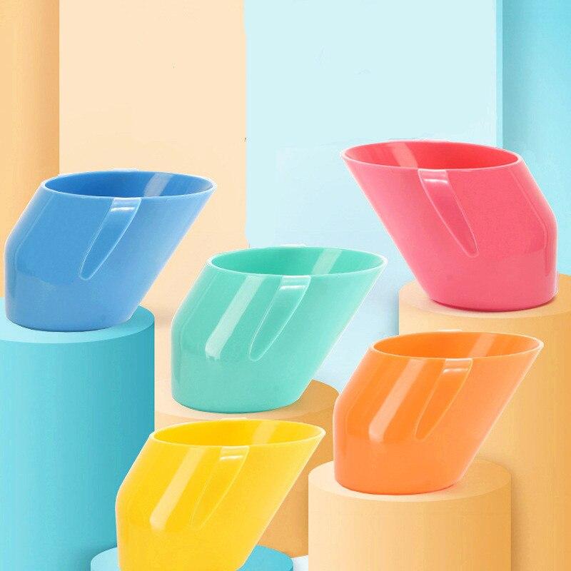 Crianças bebê doidy copo de treinamento infantil isolamento copo de boca oblíqua resistente à queda crianças beber garrafa