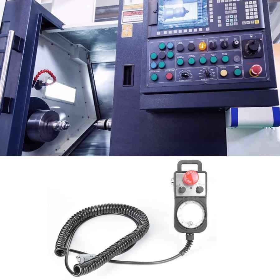Contrôleur de mouvement à 5 essieux vert MACH3 carte d'interface USB carte de contrôle de mouvement à CNC avec volant