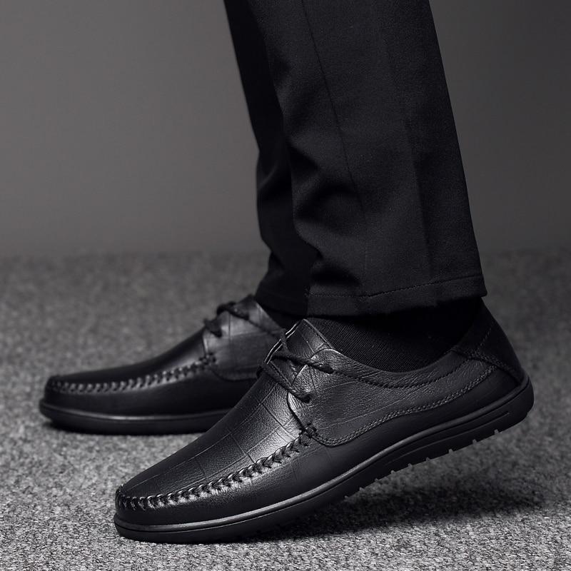 Véritable cuir chaussures hommes chaussures décontractées mode respirant élégant à lacets hommes robe chaussures d'affaires bureau Patchwork chaussures a4
