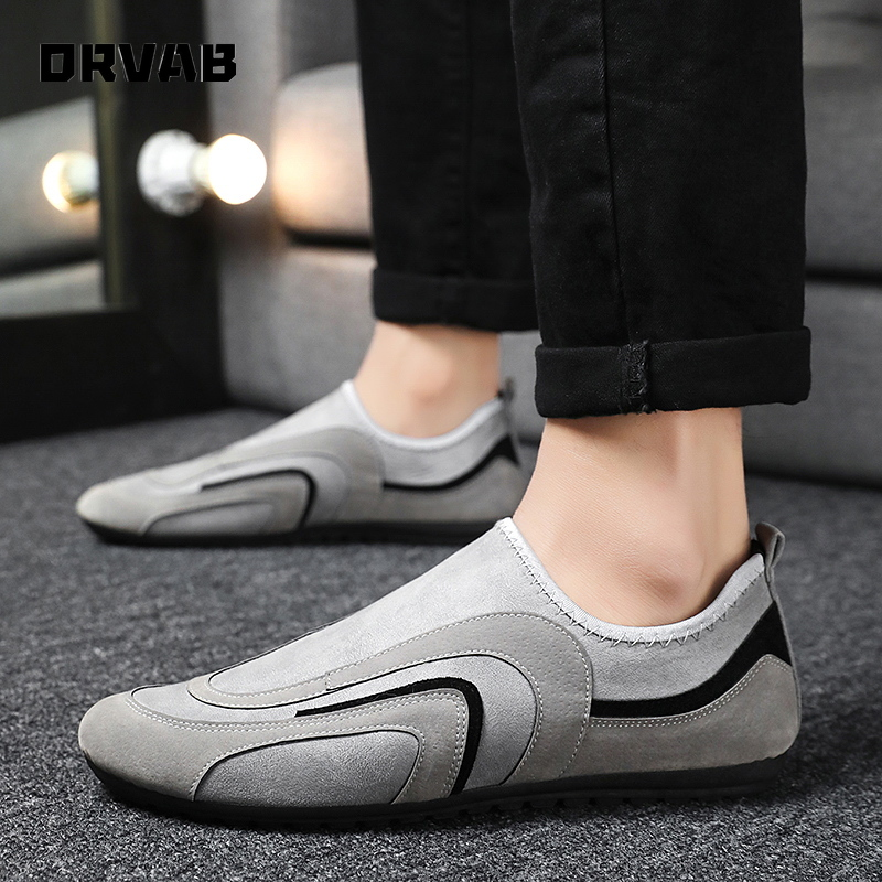 Men Casual Shoes 2020 Fashion Slip On Flock Moccasin Driving Shoes Soft Comfortable Breathable Flats Sneakers