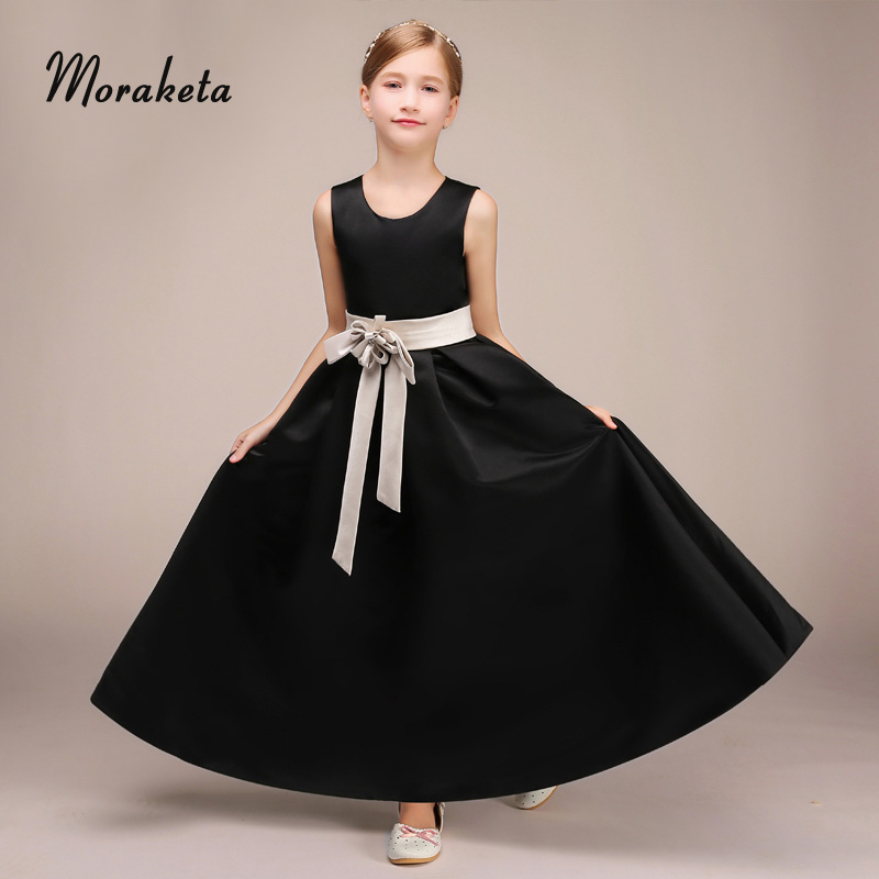A-line Scoop Neck Sleeveless Floor-length Black Satin Junior Bridesmaid Dresses With Sash 2019 New Kids Wedding Party Dresses
