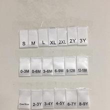 100 pces um tamanho 0-3m 3-6m 6-9m 9-12m 12-18m branco macio cetim impressão dobra pano tamanho etiqueta para crianças