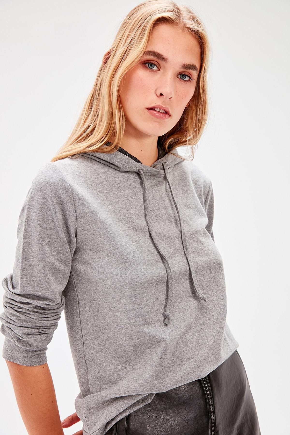 Trendyol Anthracite Hooded Knitted Sweatshirt TWOAW20SW0059