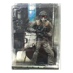 Image 3 - Figuras de acción de PVC de 2 juegos para niños y adultos, modelo de película de Anime, perro zombi Hunk, regalo de colección