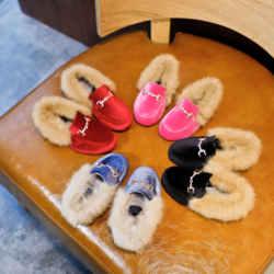 Inverno crianças sapatos de pele da criança marca mocassins preto moda mocassins bebê meninas sapatos quentes sapatos de couro do plutônio sapatos de princesa