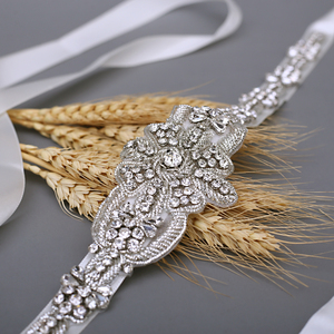 Image 4 - TRiXY S374 ceinture de mariée de luxe ceinture de mariage en argent ceinture de mariée en soie indienne brillante ceinture de perles médaille royale artisanat diamant ceinture de mariée
