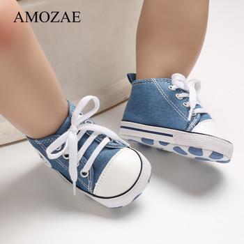 Nowe dziecięce płócienne tennisówki dla noworodka sportowe buty dla niemowląt chłopcy dziewczęta niemowlę maluch miękkie dno antypoślizgowe buciki 0-18 M tanie i dobre opinie AMOZAE Płótno Płytkie Wszystkie pory roku Lace-up Stałe Dla dzieci Unisex Pierwsze spacerowiczów Korka Pasuje prawda na wymiar weź swój normalny rozmiar