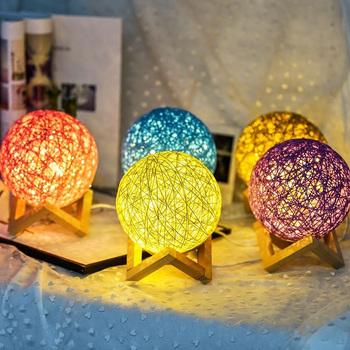 Kreatywny stół lampa Rattan LED lampka nocna lampa księżycowa sypialnia Home dekoracje ślubne lampa na biurko Moonlight lampka nocna tanie i dobre opinie VEVICE CN (pochodzenie) Łóżko pokój MULTI W górę iw dół Table Lamps Brak Drewna Other Żarówki led ART DECO 0-5 w