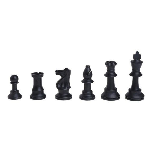 Pièces d'échecs médiévales en plastique complet Chessmen jeu de Chesses internationales en gros livraison directe 3