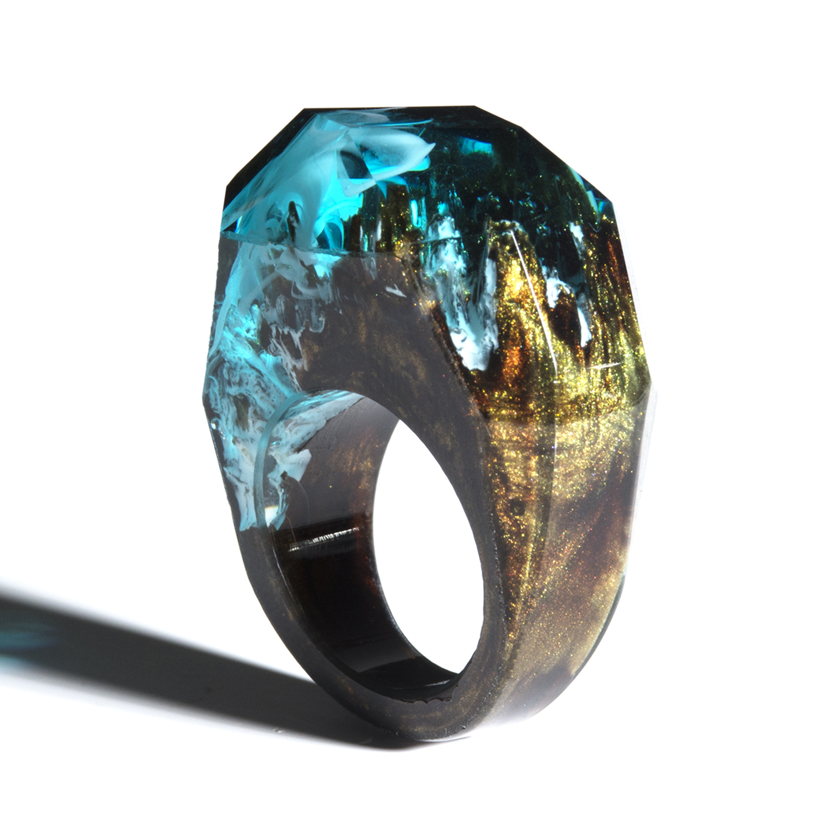 H167ce89cb64348f69d7485235c2951a6z - Forest Ring