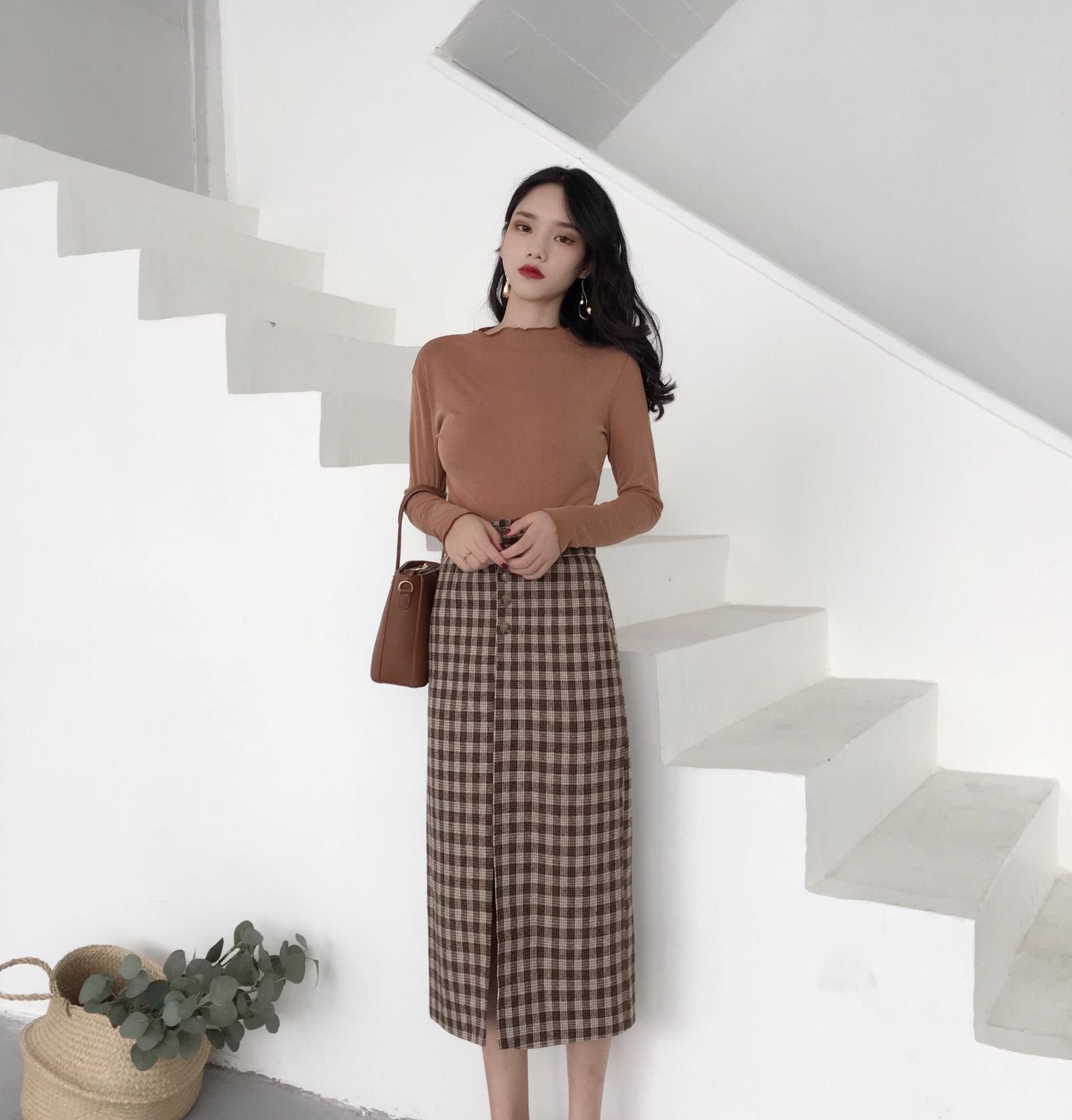 Photo Shoot Retro Hong Kong Flavor CHIC Elastic Elasticity Waist Slit Hemline At Hem Woolen Plaid Medium-length Skirt Versatile