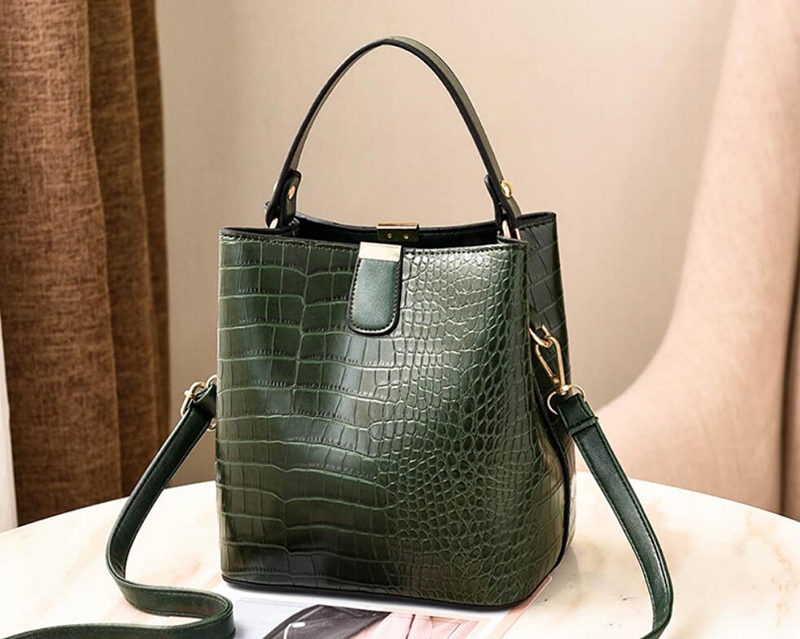 H1685b1d176304c5280fde5b4830f463e7 - Women's Handbag | Retro Alligator