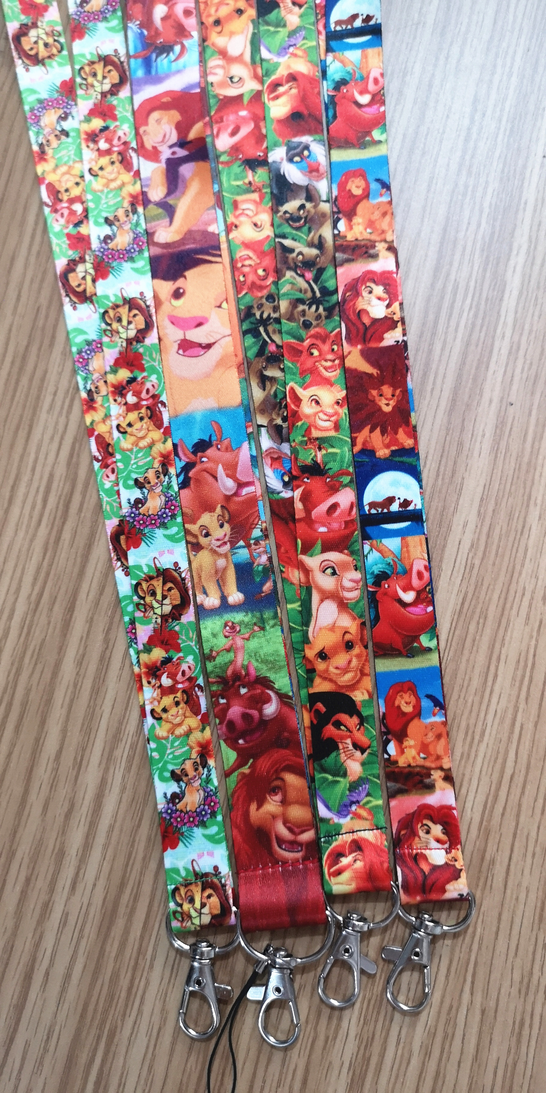 Lot 10Pcs/50Pcs/100Pcs Cartoon Lion King Mix Lanyard Neck Strap Lanyard Mobiele Telefoon Sleutel chain Id Badge Sleutelhangers Party Geschenken|Sleutelhangers|   - AliExpress