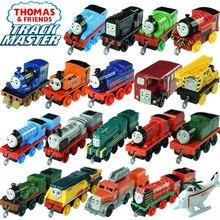 3-4 Uds Thomas y amigos los trenes caliente tomas magnética de metal trenes miniatura de carro diecast modelo niños jouets pour enfants regalo
