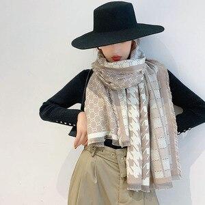 Image 1 - 2019 Nieuwe Collectie Vrouwen Houndstooth Cashmere Achtige Sjaals Dubbele Kanten Vrouwelijke Winter Dikke Warme Wollen Deken Sjaal Wraps