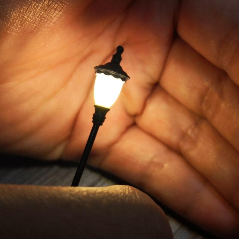 3 PCS HO Scale Model Railway Lamppost LED Park Lanterns Street Lamp Model Making Railroad/Model Park Lamps/Train/Railroad Layout
