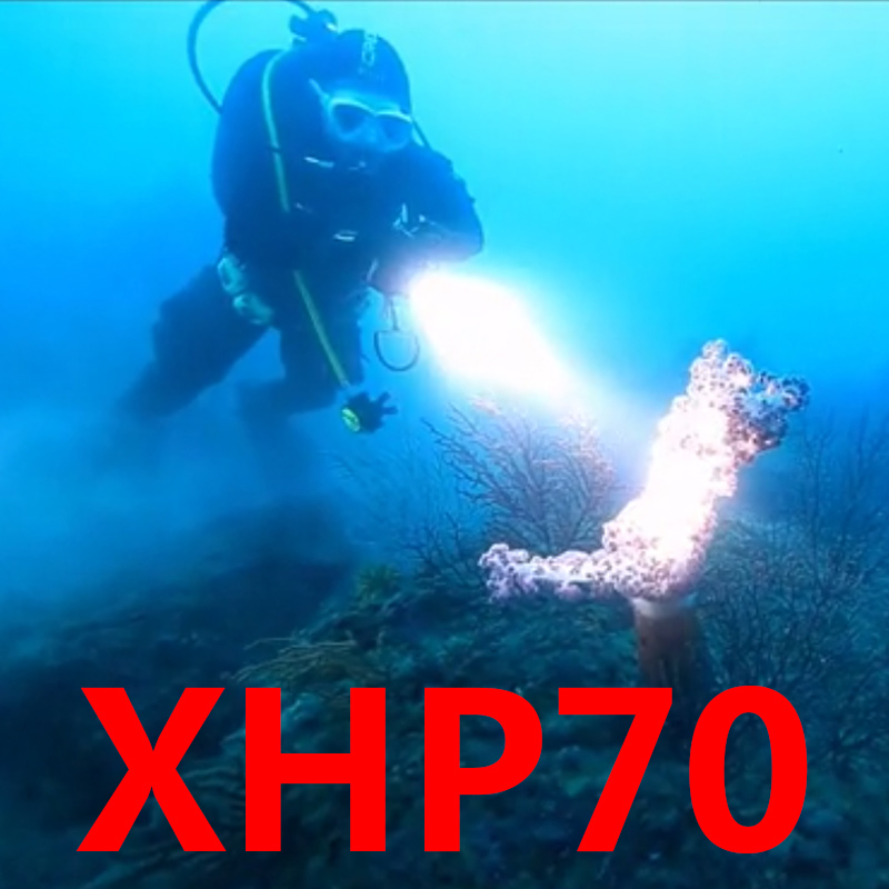 Z40DX5 CREE XHP70.2 LED Flashlight Light Torch Waterproof 3 Modes 18650 Battery Diving Lamp Under Water PK XM-L2 U3 Flashlight