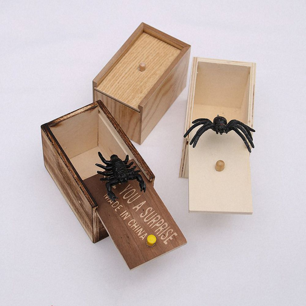 Novelty Hilarious Spider Wooden Scary Box Prank Wooden Scary Box Joke Toy Gift