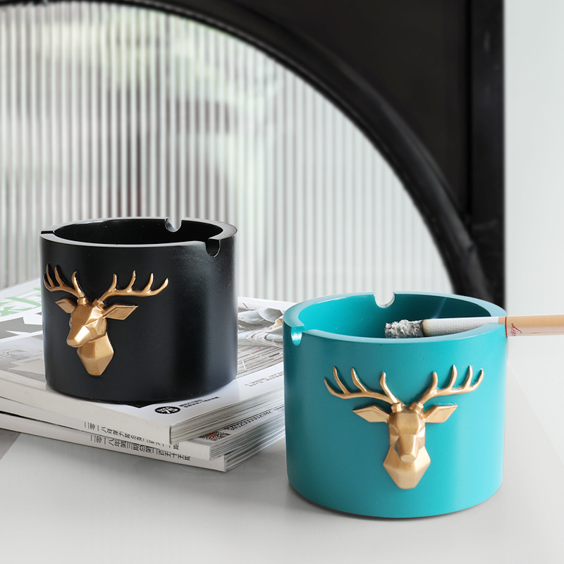 Deer head pattern Windproof Ashtray Moden Resin Round Square Ashtray for home office hotel outdoor Gift Smokeless Ashtray Holder