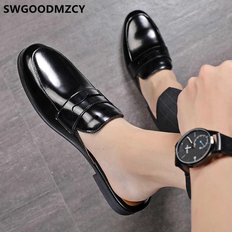革の靴男性美容師の半分の靴男性のためのイタリアブランドメンズハーフ靴ミュール masculino zapatos デ hombre casuales cuero の buty