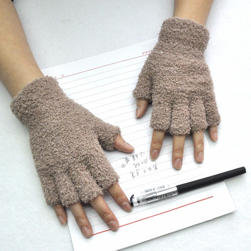 New Fashion Women Velvet Knit Gloves Coral Fleece Warm Winter Gloves Half Fingers Breathable Wrist Crochet Heated Gloves