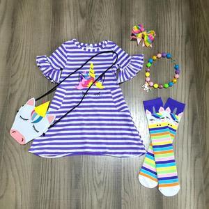 Image 4 - Primavera/verão roupas de bebê vestido listra algodão baleia unicórnio boutique roupas na altura do joelho colar meias arco e bolsa