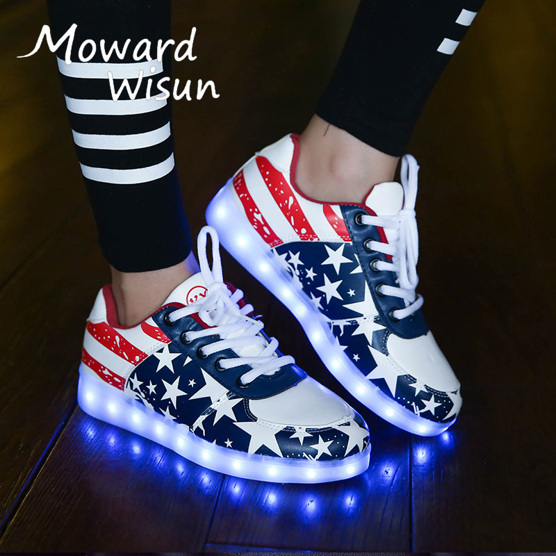 Fashion LED Light Up Sneakers Shoes Glowing Sneakers Luminous Children Kids Boys Girls Casual Shoes Basket Femme LED Slippers 35