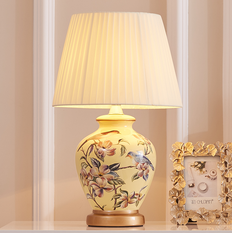 Chinese Flower&bird Ceramic Table Lamps Classic Yellow Body Dimmer/touch Fabric E27 LED Lamp For Bedside&foyer&studio MF009-New