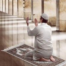 1 pçs portátil muslim prayer tapete poliéster trançado esteiras simplesmente imprimir com bússola no malote viagem em casa cobertor esteira