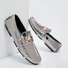이탈리아 세련 된 남자 패션 유행로 퍼 정품 가죽 인과 신발 남자 플러스 크기 EUR 38 48 청소년 Moccasins 신발